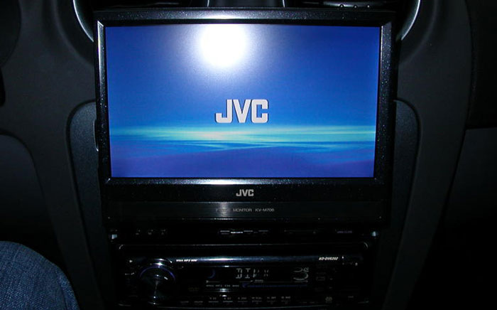 Autoradio con dvd a scomparsa JVC