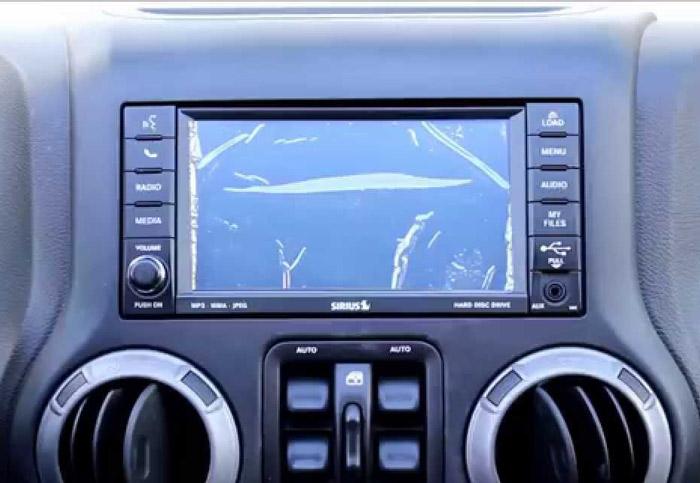 Autoradio con lettore DVD integrato