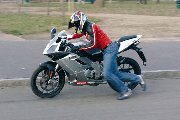 Avviatore Booster di emergenza per moto