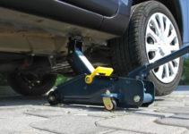 Cric a carrello idraulico per auto