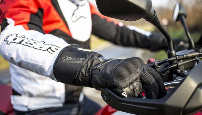 Risultati immagini per MOTO alpinestar